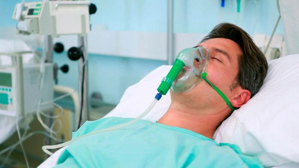 Пациент умирает в коме