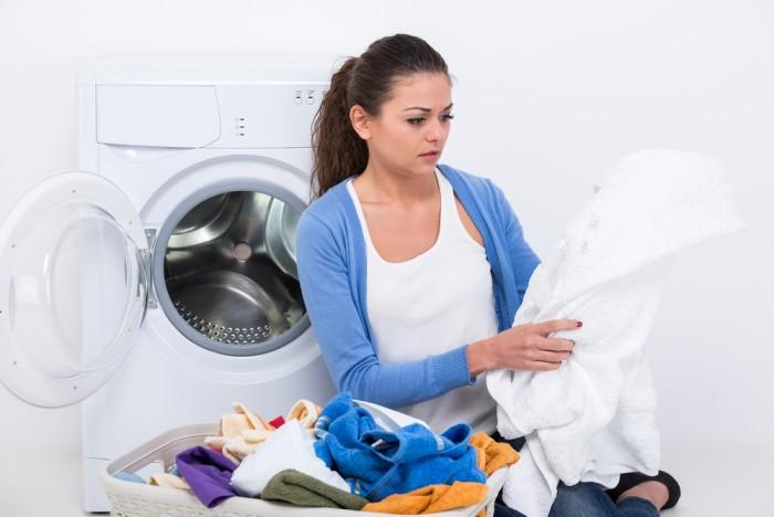 Стирать вещи сразу после покупки