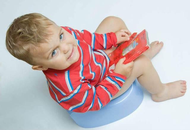 Запор у ребенка 3 года, что делать?