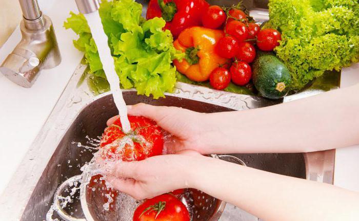 Промывание овощей и фруктов