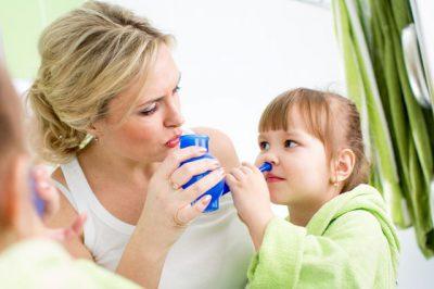Промывание носа ребенку
