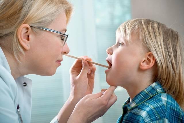 Аденоидит у детей симптомы и лечение, советы Комаровского