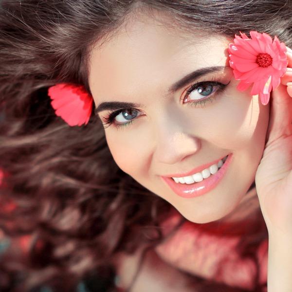 Фото счастливой женщины