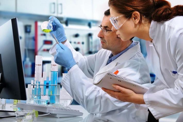 Гельминтологи занимаются научной деятельностью