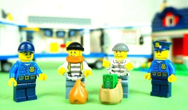 Конструкторы Лего для мальчиков и девочек