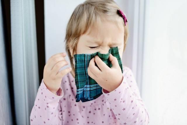 Комаровский про насморк у детей
