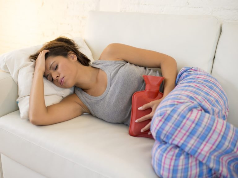 Как облегчить боль при цистите у женщин
