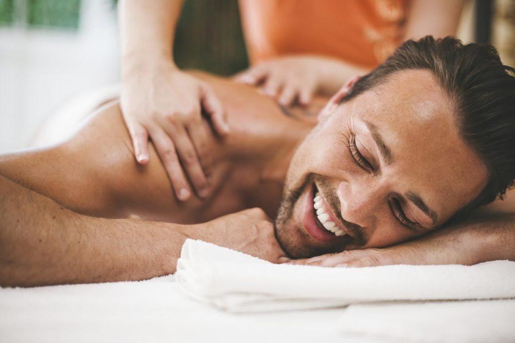 Эротический массаж с окончанием – бурный вcплеск эмоций в салоне Etalon